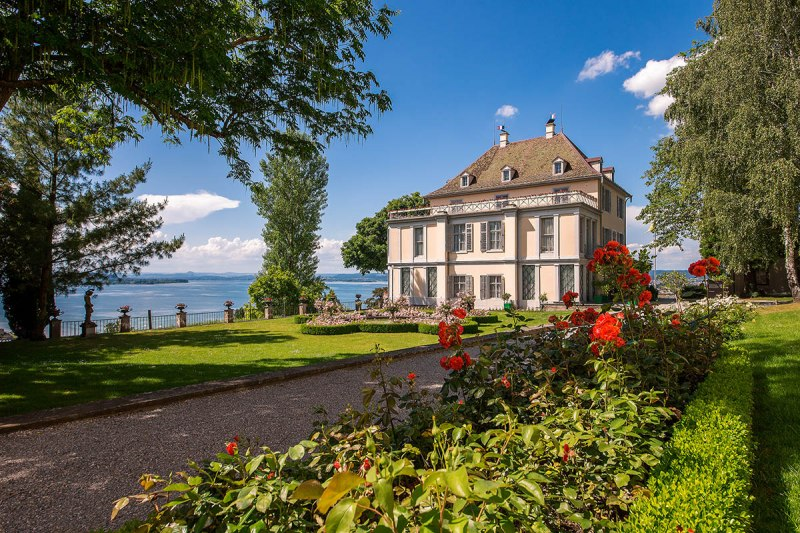 Arenenberg Castle is situated on one of the most beautiful vantage points in the Lake Constance region.