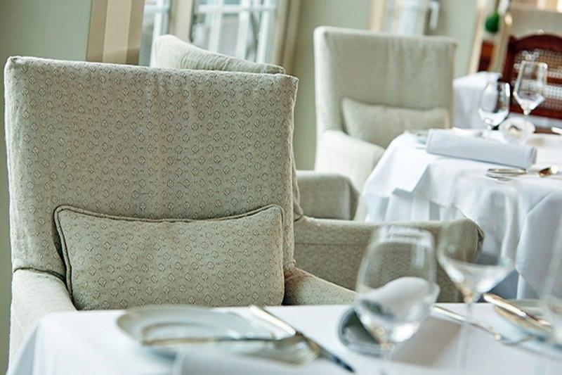 restaurant villino sternek che in lindau am bodensee. Black Bedroom Furniture Sets. Home Design Ideas